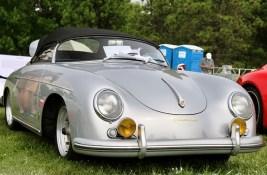 AW_Porsches_paddock_9