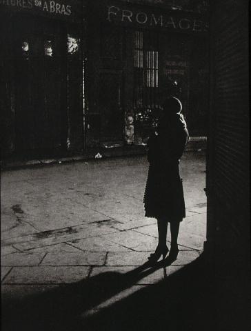 """//www.masters-of-photography.com/images/full/brassai/brassai_prostitute.jpg"""" kann nicht angezeigt werden, weil sie Fehler enthält."""