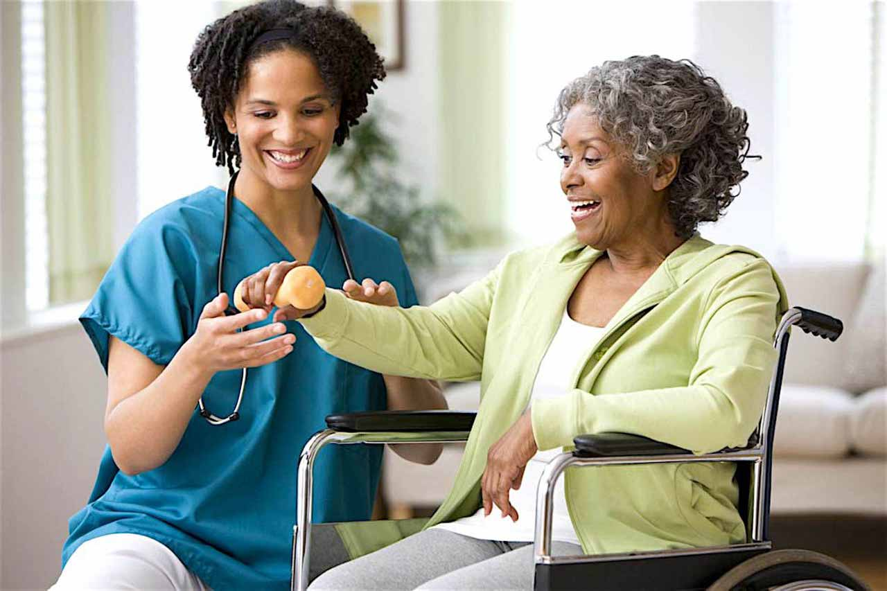 How A Home Health Care Worker Can Alleviate Caregiver