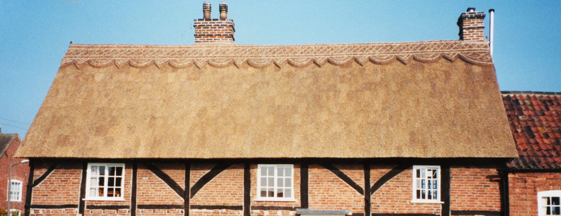 Tatch Roof & Long Straw Thatch; Long Straw Thatched Roof