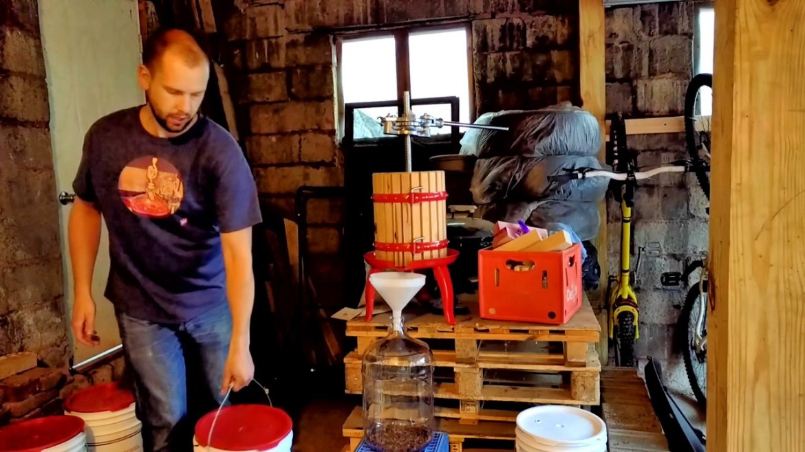 Making Red Wine From Grapes – Part 2
