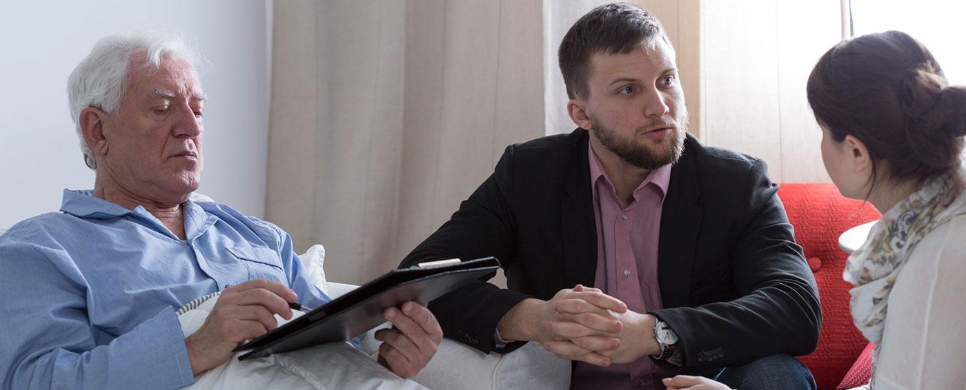 in-person-interpreting-services-patient-interpreter-doctor