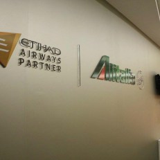 RIQUALIFICA SALA WELCOME  ALITALIA 1