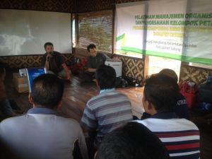 Pelatihan organisasi petani nanas Subang