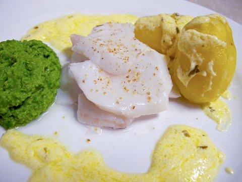 Lettsaltet torsk med ertepure
