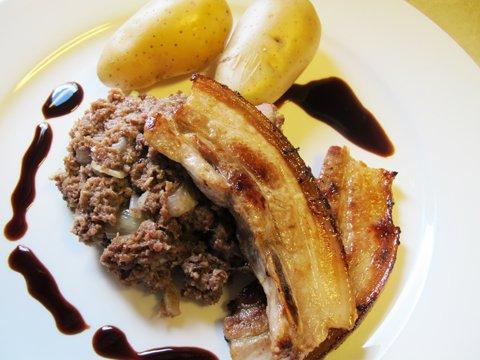 En god middagsrett; lungemos, flesk, poteter og noen dråper balsamico.<br />Prøv selv!