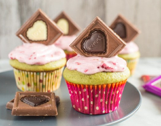 Green-Tea-Cupcakes-and-Raspberry-Frosting-2