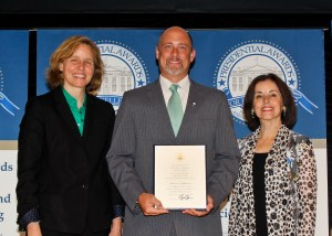 Mr. Williamson receives his PAEMST award. Photo Credit: National Science Foundation
