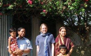 Clare Sisisky and a Bangladeshi Principal.Courtesy of Clare Sisisky.