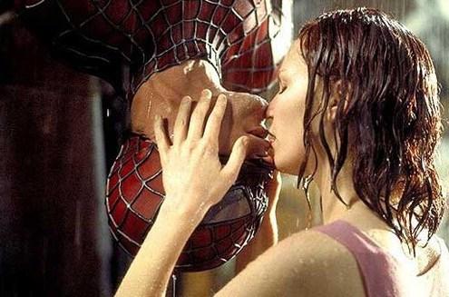 spiderman-kiss