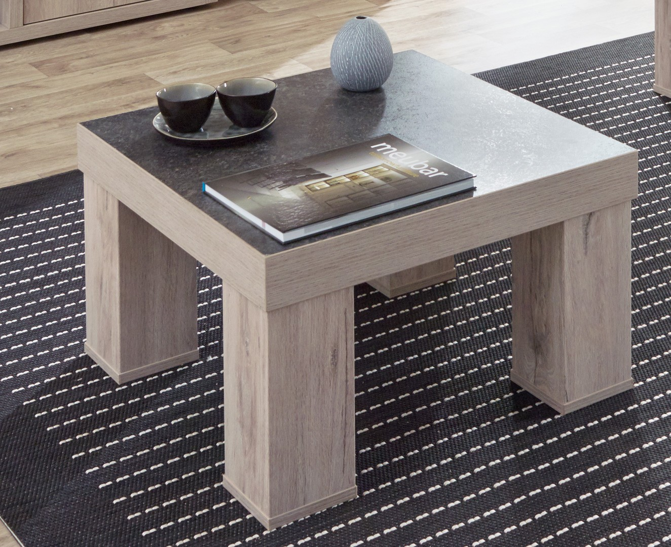 table basse carree contemporaine chene clair gris beton california
