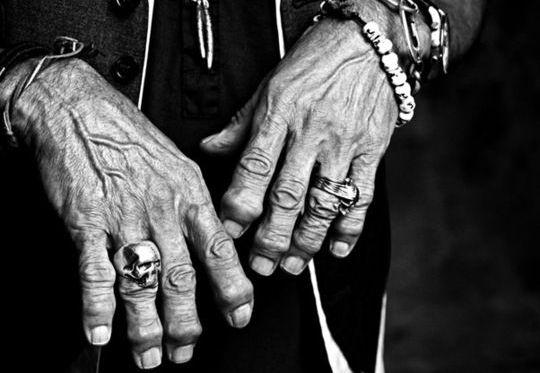Anéis de caveira - Rolling Stones