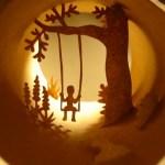 Cenários em 3D no interior de rolos de papel higiênico