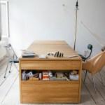 Design multifuncional transforma a mesa em cama e vice-versa