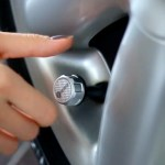 Válvula monitora calibragem dos pneus através do seu celular