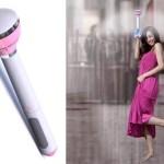 Guarda-chuva invisível expulsa água com ventilador a jato