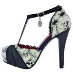 Sapato com caveiras da grife Iron Fist para garotas trevosas