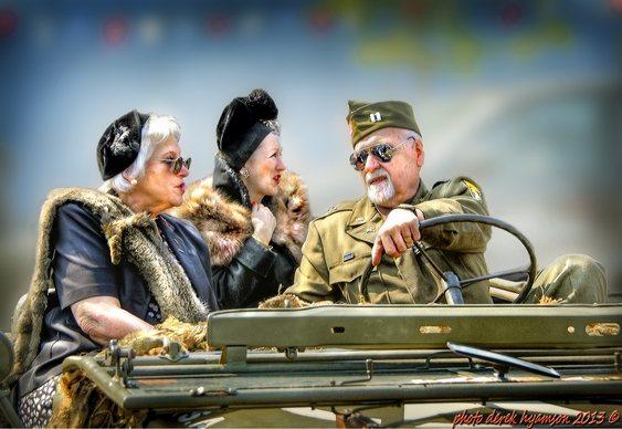 Desfile de jipe militar