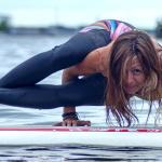 Verão: saúde e equilíbrio mental sobre as águas com SUP Yoga