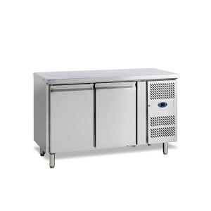 SK6210 TABLE RÉFRIGÉRÉE POSITIVE -2 +10°C, 2 PORTES, PROFONDEUR 600, 136 CM, 240 L, PLAN DE TRAVAIL INOX