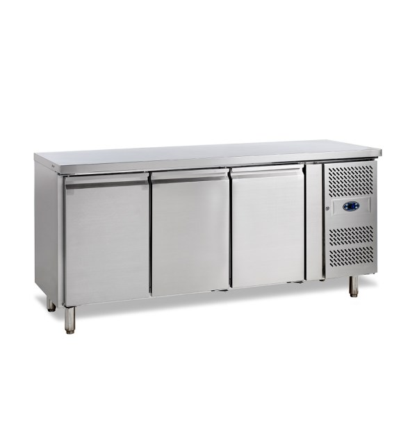 SK6310 - TABLE REFRIGEREE POSITIVE -2+10°C, 3-PORTES, PROFONDEUR 600, 179CM, 360L