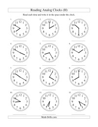 Reading Time on an Analog Clock in 5 Minute Intervals (H