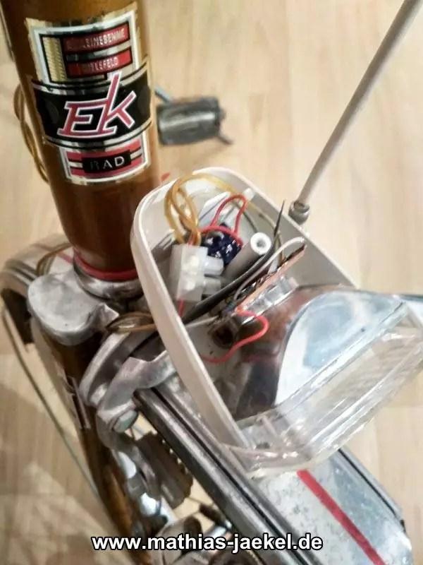 LED passt in die alte Fahrradlampe 2
