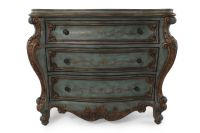 36'' Scalloped Apron Traditional Bombe Chest in Green ...