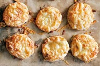 Αλμυρά μπισκότα τυρί-μπέικον