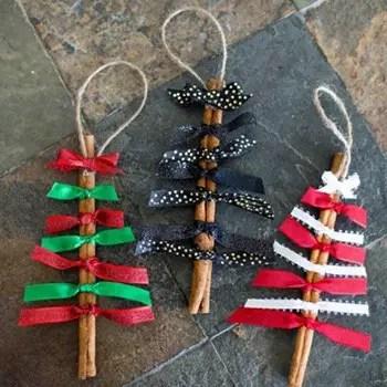 Μυρωδάτα χριστουγεννιάτικα δεντράκια