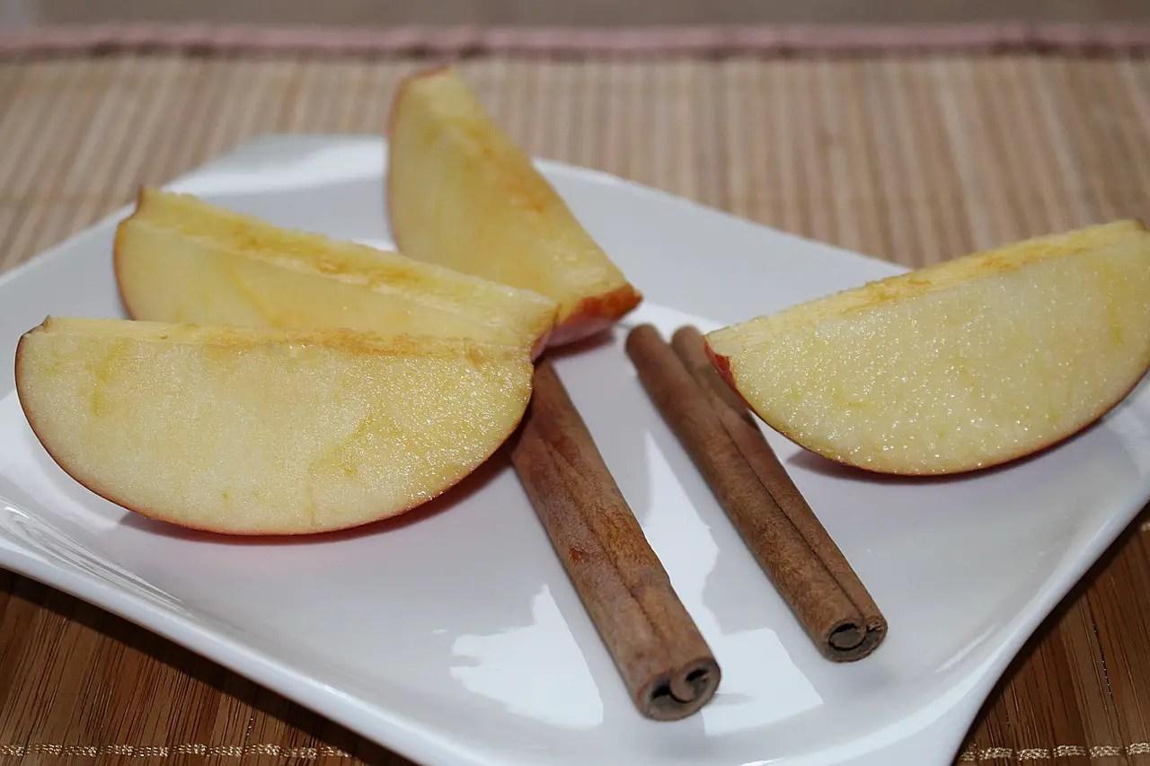 Αντιοξειδωτικό ποτό με μήλο και κανέλα