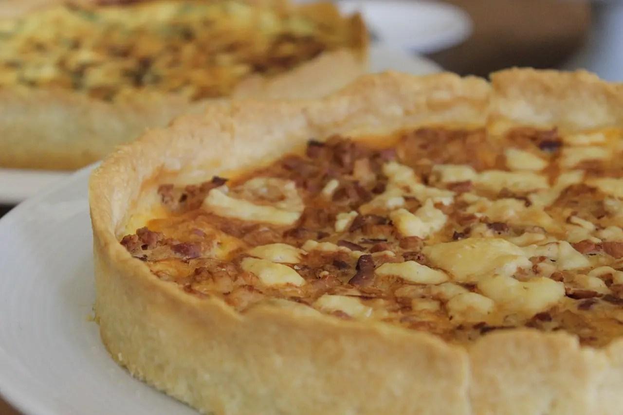 Κις Λορέν με τυρί και μπέικον (quiche lorraine)