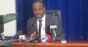 Dr. Oly Ilunga, Ministre de santé (photo archive)