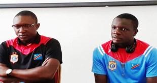 Le coach adjoint A' des Léopards, Guy Lusadisu accompagné du portier Jackson Lunanga (l'AS V.Club) lors de la Conférence de presse d'avant match