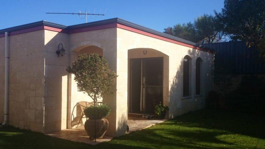 Island Villa pieni vuokrakämppämme Esperancessa miltei 3 kk:n ajan
