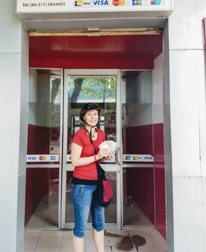 vietnamin raha, rahannosto