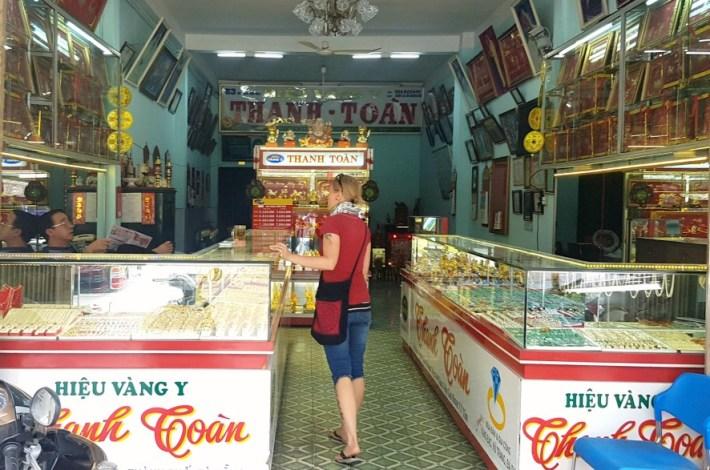 vietnamin raha, rahanvaihto