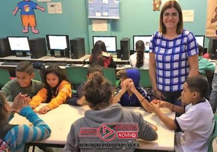 Professora, entre 50 melhores do mundo, tem projeto de reciclagem-media-1