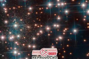 Hubble descobre nova galáxia anã, por acidente 81
