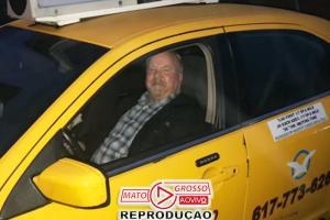 Taxista salva idosa de 87 anos do golpe do telefone 79