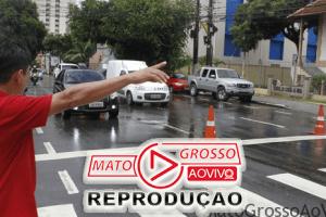 Sinalizar ao fazer travessia na faixa de pedestre agora será obrigatório segundo Comissão da Câmara dos Deputados 86