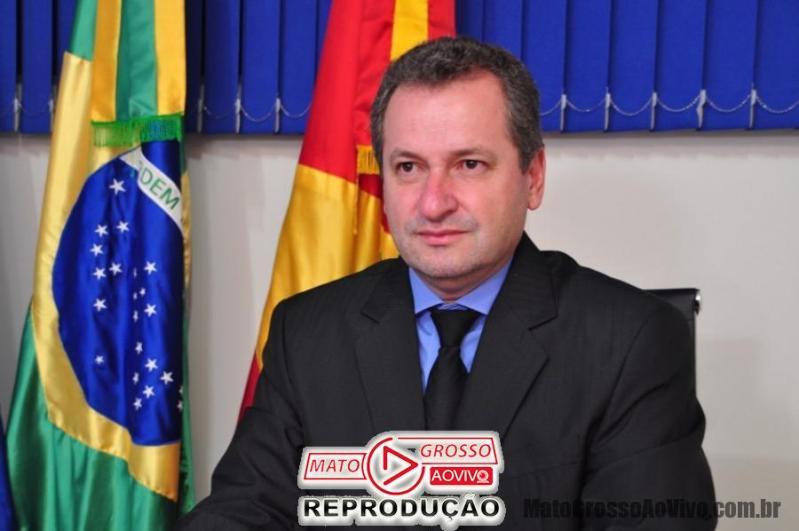 Ministério Público de Alta Floresta manda bloquear bens de prefeito, empresários e envolvidos em desvio de verbas no município. 65
