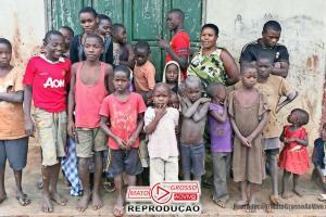 VÍDEO | Mulher com ovário anormal é Mãe de 44 filhos aos 39 anos em Uganda 74