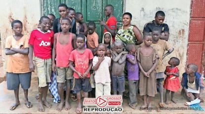 VÍDEO | Mulher com ovário anormal é Mãe de 44 filhos aos 39 anos em Uganda 20
