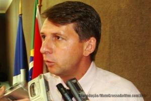 Vereador vai propor amanhã Moção de Repúdio ao prefeito de Alta Floresta por descaso e abandono do município 93