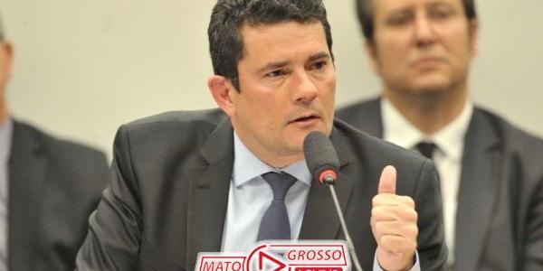 Comissão da CCJ aprova criminalização do Caixa 2, projeto segue agora para votação na Câmara dos Deputados 36