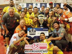 Prefeitura e Câmara de Alta Floresta homenageiam atletas do município campeões da Copa Centro América 77