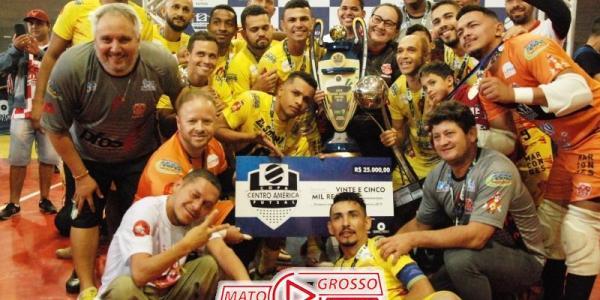 Prefeitura e Câmara de Alta Floresta homenageiam atletas do município campeões da Copa Centro América 37