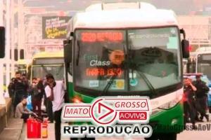 Sniper abate sequestrador de ônibus no Rio de Janeiro e é aclamado por governador Witzel e Presidente Bolsonaro 70