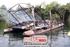 Garimpeiros próximos a Usina de São Manoel, no Rio Teles Pires, são retirados a força e balsas queimadas pelo Ibama 96
